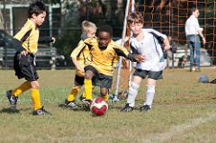 レギュラー争いに負けたのは「視力淘汰」が原因?!  サッカーと視力の知っておきたい重要な関係